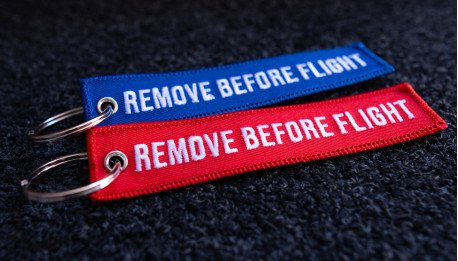 Remove Before Flight Keyrings 2-Pack BLUE/RED